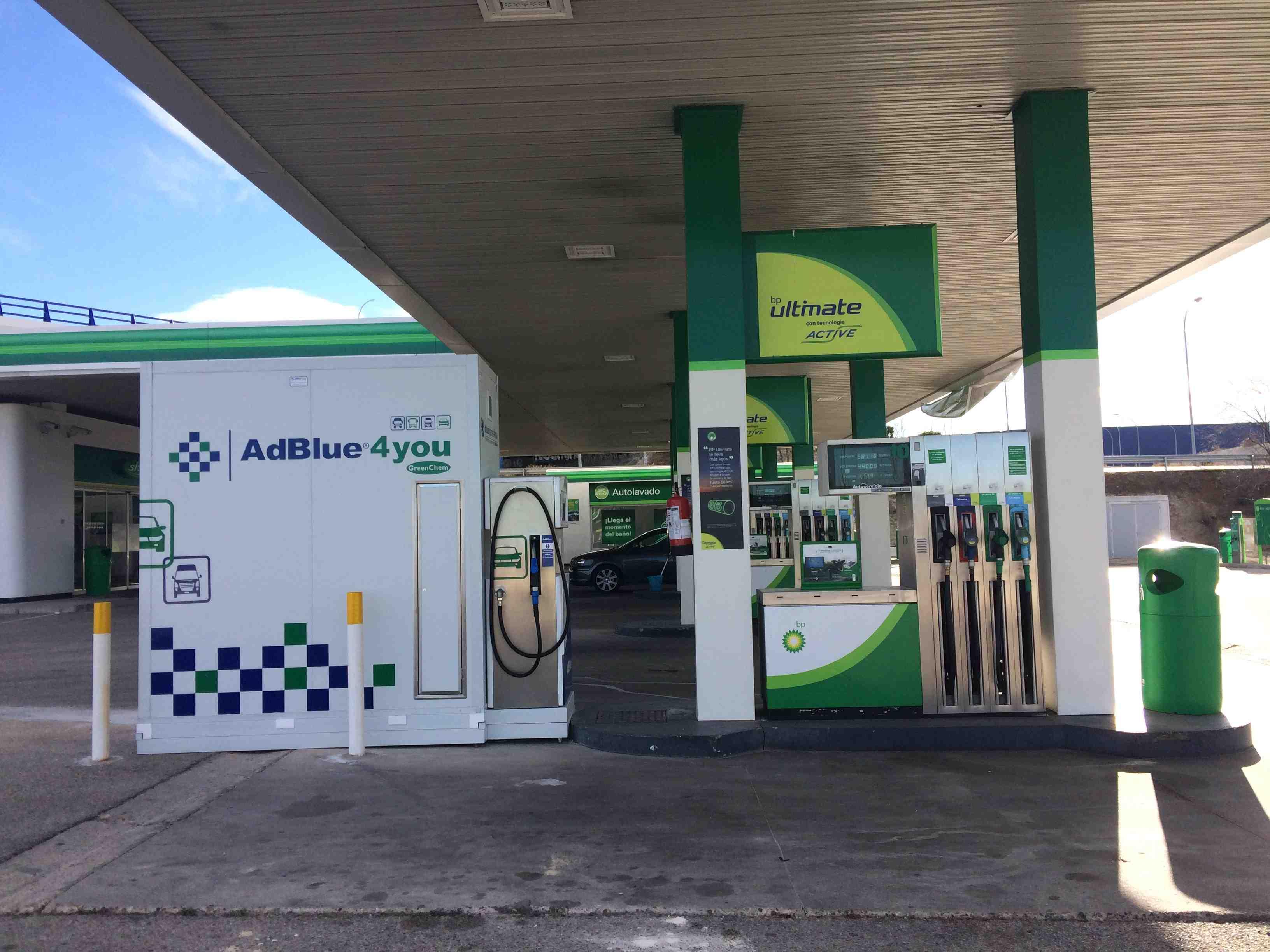 Instalación de Equipos AdBlue en Estaciones de Servicio